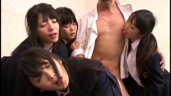 幻覚キノコ 狂喜痴女化 女子校生